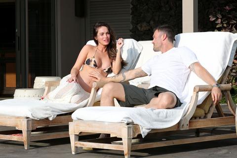 Megan Fox - Bikini in Hawaii 18