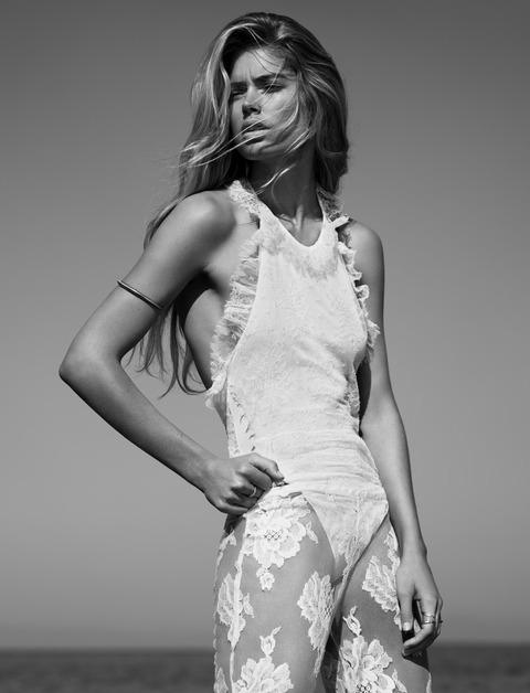 Doutzen Kroes - UK Vogue January 2013 - MQ (5)