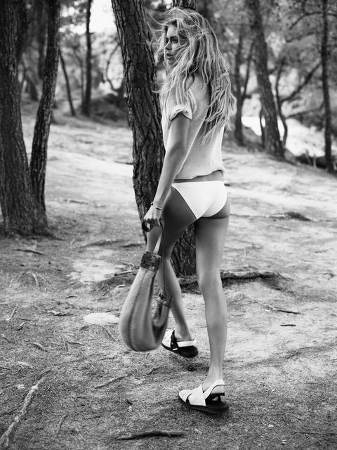 Doutzen Kroes - UK Vogue January 2013 - MQ (2)