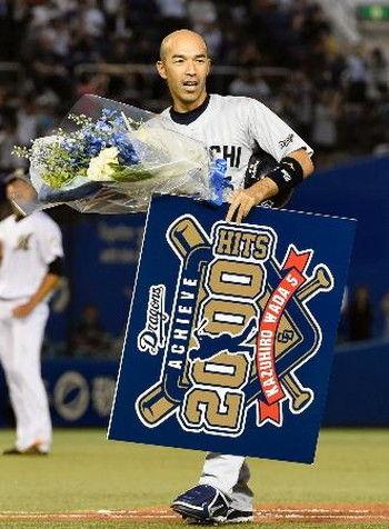 和田一浩(29)通算149安打←これ