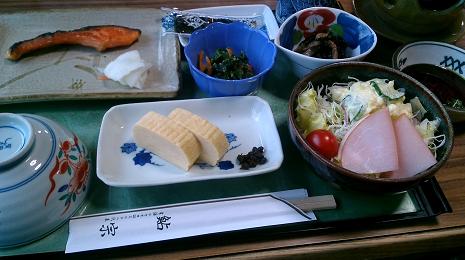 鮎宗の朝食