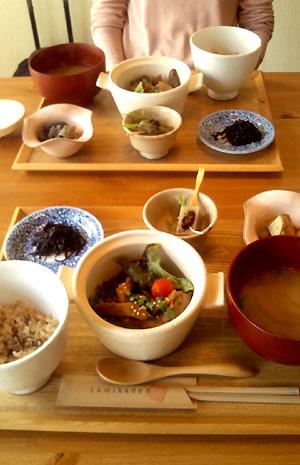 lunch_20121027155250.jpg