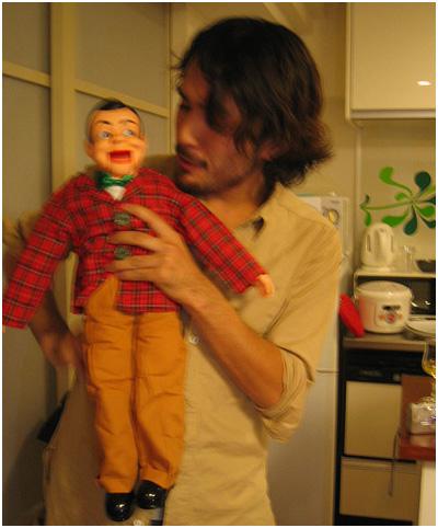 ヒサと人形