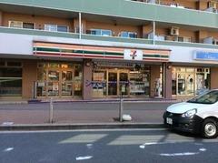 セブンイレブン横浜上大岡駅前店