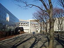 220px-TMU-Arakawa02