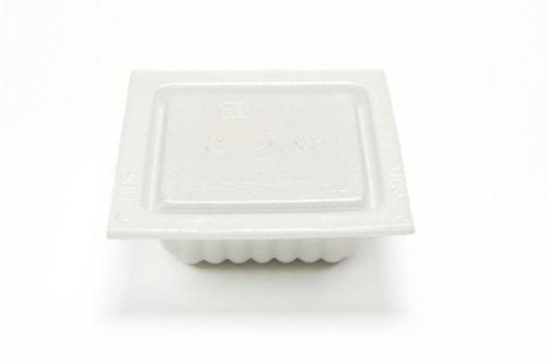 納豆の容器に底が箸でグサッてなるのむかつく