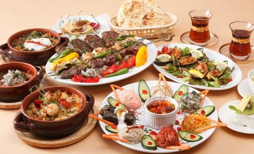 世界三大料理 中華←わかる フランス料理←わかる トルコ料理←食ったことない