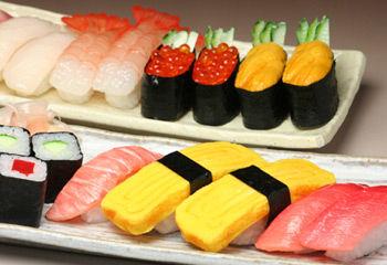 外国人が貰って嬉しい日本のお土産教えろください