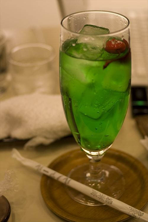 Melon_soda_02_R