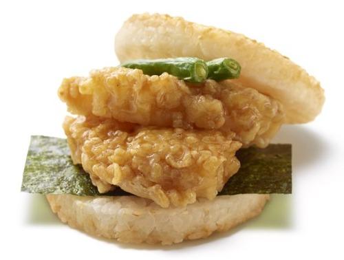 低迷するモスバーガー、天丼バーガー(450円)を発売