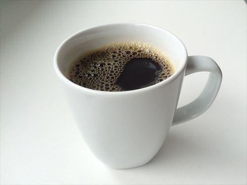 ぽまいらって1日にコーヒー何杯くらい飲むの?