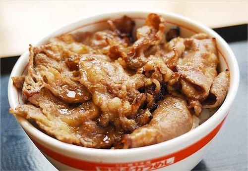 牛丼店「東京チカラめし」直営店の約8割にあたる68店舗を売却