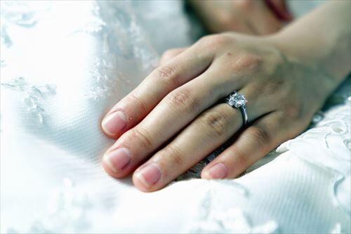 結婚するメリットって何?