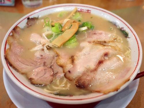 京都のラーメンはこってりとかいう風潮wwww