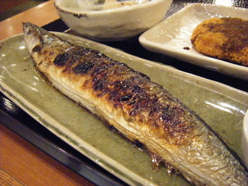 秋刀魚のハラワタって食べないもんなの?