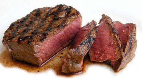 日本人はもっと肉を食うべき
