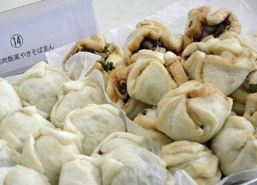 青森県黒石市の創作焼きそばコンテストで「台湾ルーロー飯風やきそばまん」 が最優秀賞に