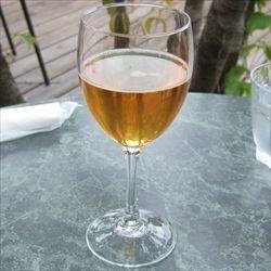 リンゴを発酵させて作るお酒「シードル」飲んだことある人いる?