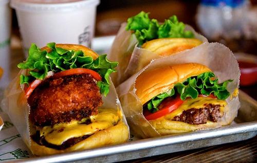 アメリカの人気ハンバーガー「シェイク・シャック」神宮外苑に出店 良質な野菜とアンガス牛100%が売り