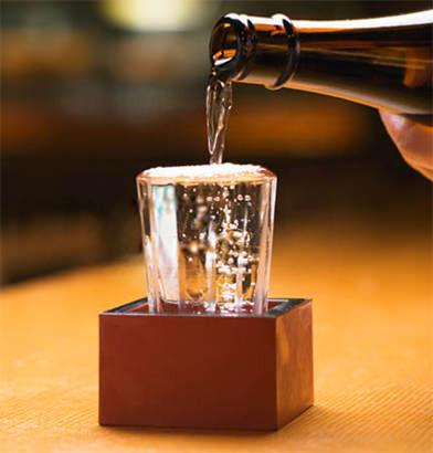 日本酒がまずい、味も匂いもダメ