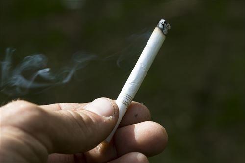 よく煙草を吸う人に質問なんだけどさ?イタリアンのレストランに入ったとして