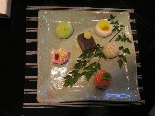 なんで和菓子人気って落ちたの?