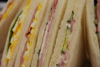 サンドイッチのうまさ セブン>ポプラ>ファミマ>ミニストップ>スリーエフ>セイコーマート>ローソン