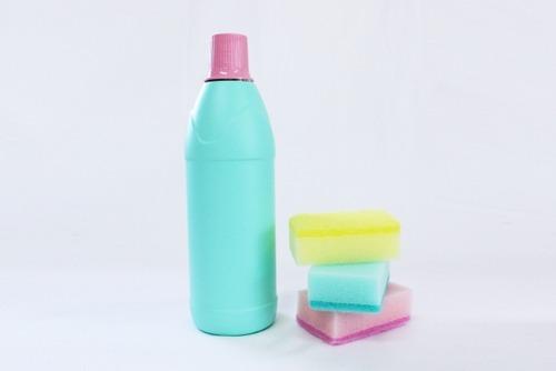 TV「食品を食べる前に洗浄するべき」→漂白剤で洗って食べて呼吸困難に アメリカで消毒関連の事故急増
