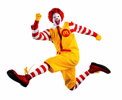 マクドナルドが10年程前まで「ドナルド」とかいう狂気じみたピエロをCMに使っていたという現実