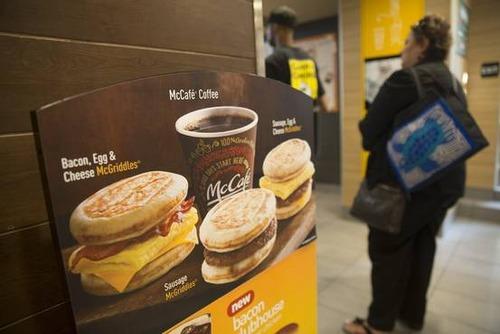 米マクドナルド、マフィンなど朝マックを朝食時間帯以外でも販売へ