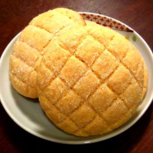 朝から菓子パンって食べるよね?