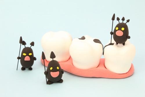 【朗報】ワイの虫歯、ロキソニン6錠で完治する
