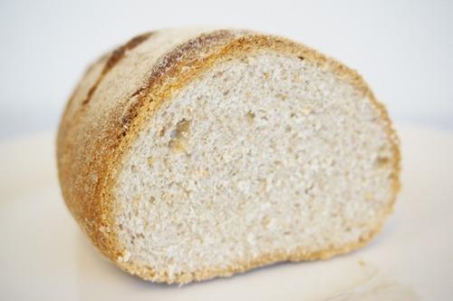 なろう農村「黒くて硬いパンしかありませんが…」←これ