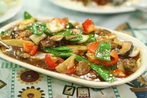 簡単なようで奥が深い肉野菜炒めのレシピ