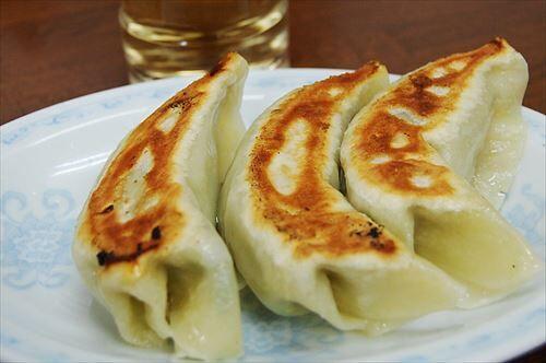 バカ「餃子は酢と胡椒で食べる」→はぁ?