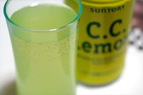 三大正直まずいジュース 「ソルティーライチ」「CCレモン」
