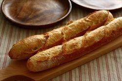 「美食」のフランスでバーガー人気…バゲットの消費減退