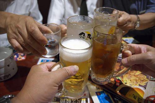 会社の飲み会とかいう行きたくない派多数の恐喝行事が2018年に残ってることがありえなくね?