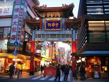30歳女性 「中華料理うめぇ。尖閣?興味ない」 横浜中華街、平常営業