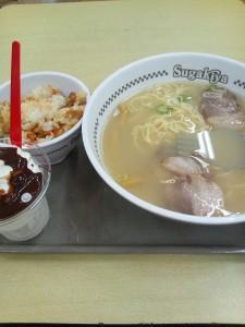 """名古屋の味""""寿がきや"""" 290円ラーメンとアイスも食べやすいラーメンフォークが人気"""