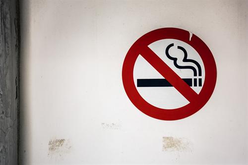喫煙出来ない喫茶店に価値なし