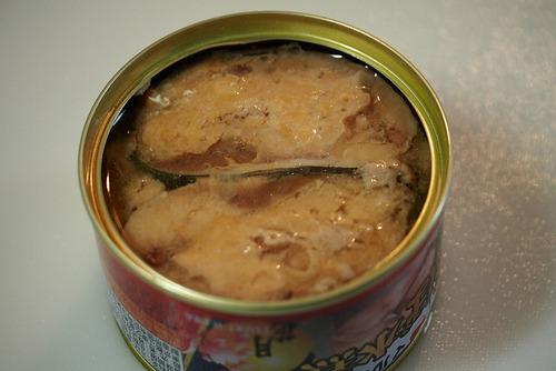 サバ缶をご飯と一緒に炊いたら旨いかな?