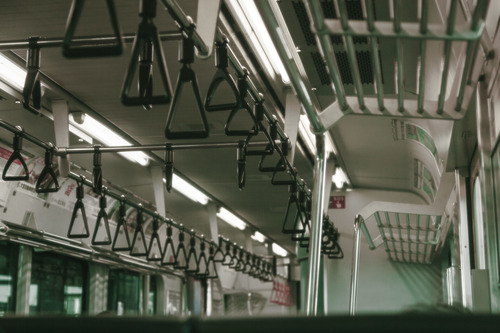 都知事「電車がまた混んできた」「テレワーク・時差通勤をやめないで」「ウィズ コロナ」