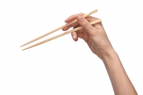 「あ、こいつ育ちいいな」と気付く瞬間「いただきますを言う」「箸の持ち方がいい」あと一つは?
