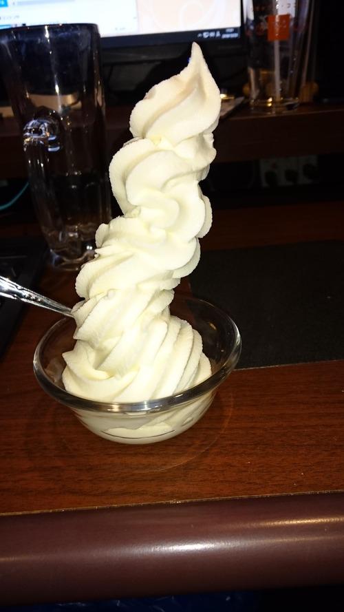 ソフトクリームが食べ放題のネカフェ来たんだが