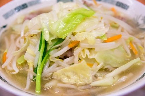 【画像】タンメン(野菜炒め乗せただけ!適当な塩味スープ!高いから肉は乗せない!)←こいつ