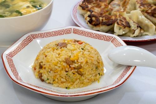 チャーハンが食べたいのに中華料理屋が個人店ばかりで入りにくい!!