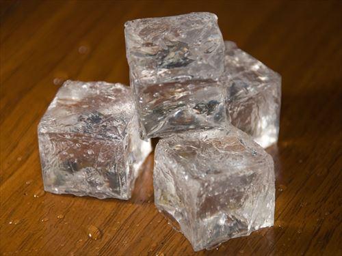 コンビニの氷って誰が買ってるの?