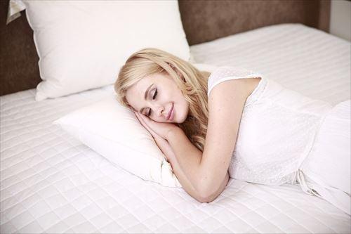 寝具メーカー「安いのはダメ!睡眠には拘って高いの買え!」👈これ