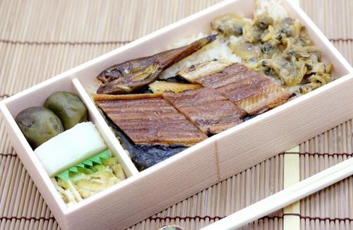 中国人「日本の駅弁は冷たいからもう食べたくないwww」
